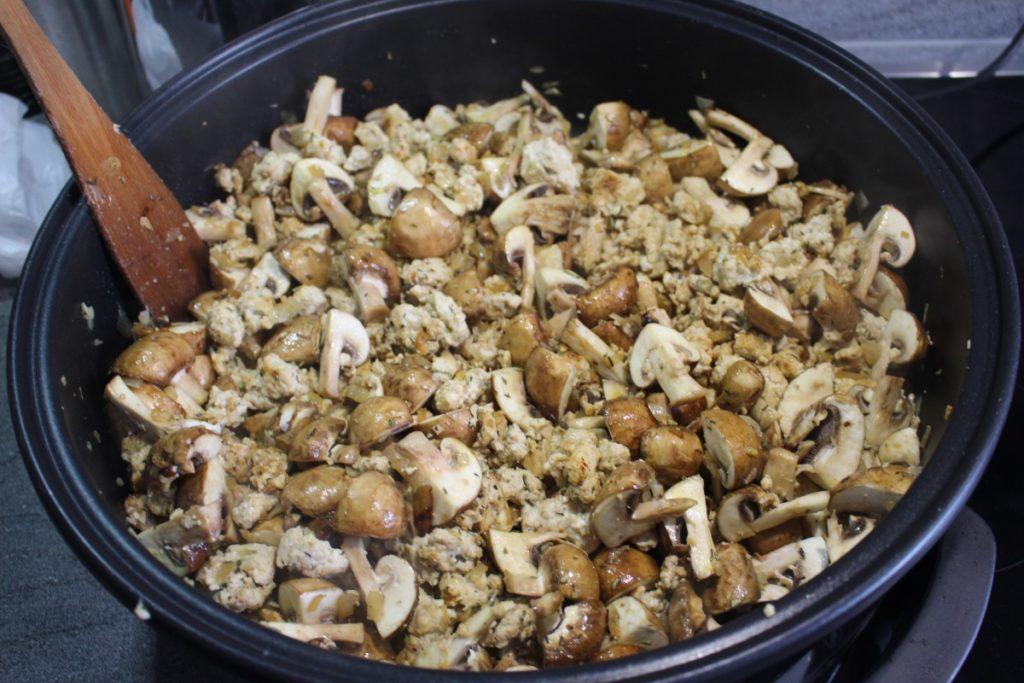 Pilze mit Hähnchenhack